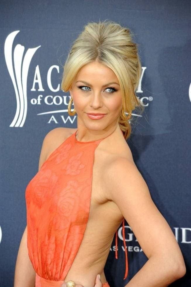 NHL Player Brooks Laich Says Wife Julianne Hough Helped